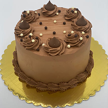 Tempting Chocolate Eggless Cake:Send Birthday Gifts to Canada