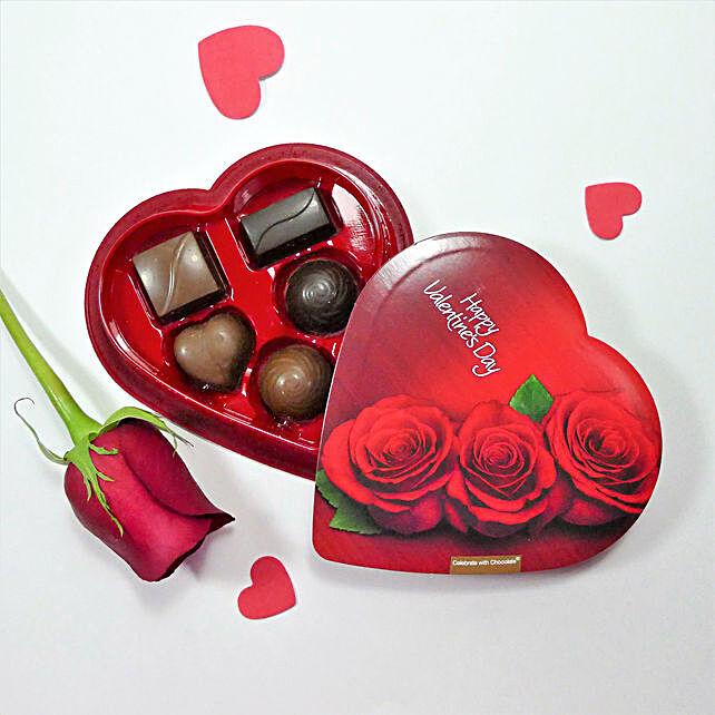 Image result for चॉकलेट गिफ्ट बॉक्स