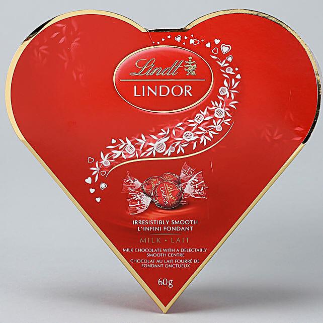 Lindt Milk Heart Gift Box