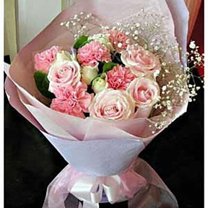 Love You Mommy Carnations And Rose Bouquet