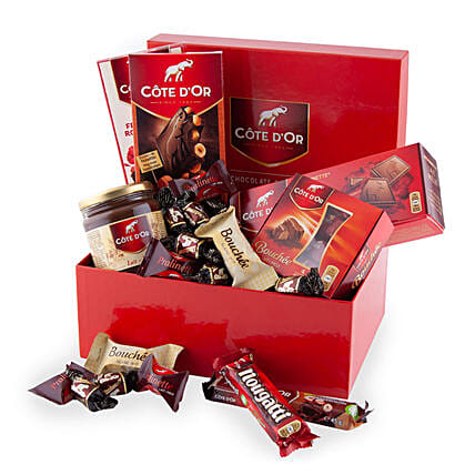 Cote Dor Chocolate Lover Box:Send Gifts to Denmark