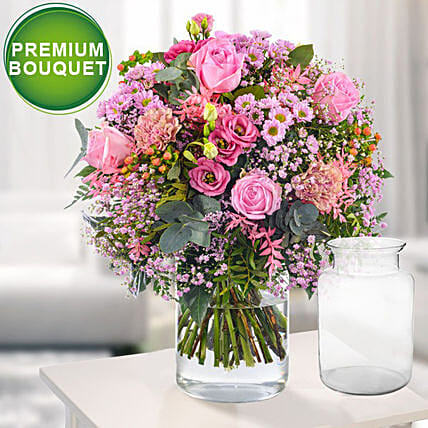 Premium Bouquet Marchengarten With Premium Vase