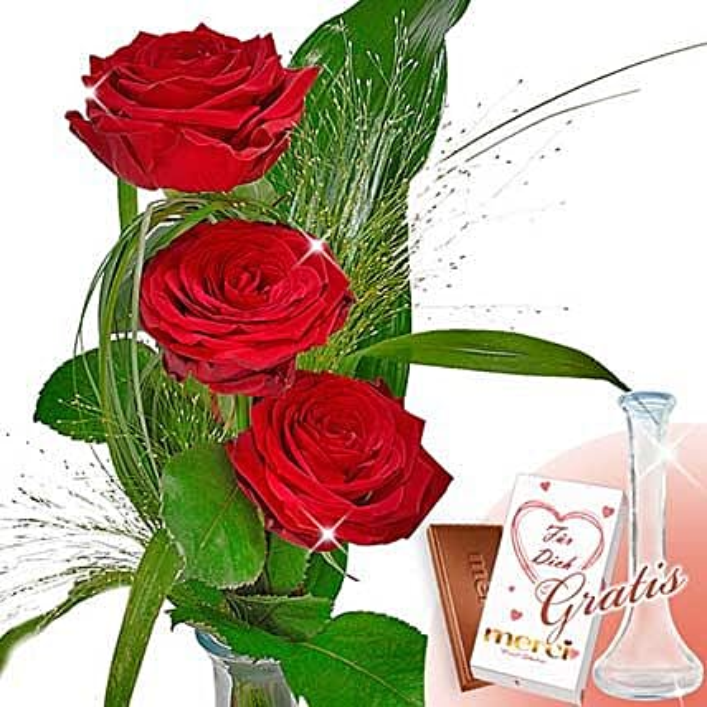 Rose Trio Serenade With Vase and Merci