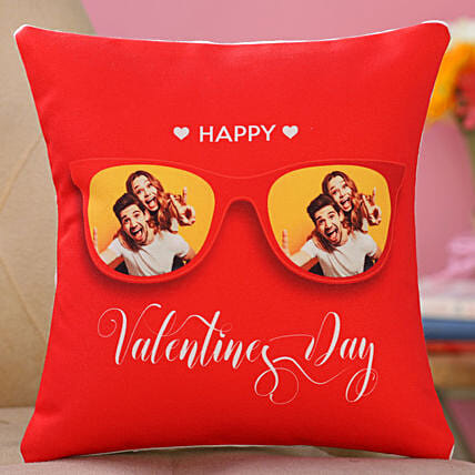 valentine day printed cushion for couple:Valentine's Day Gifts to Germany