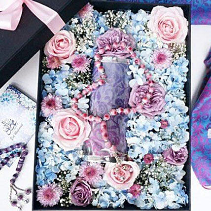 Flower Box With Pashmina And Tasbih