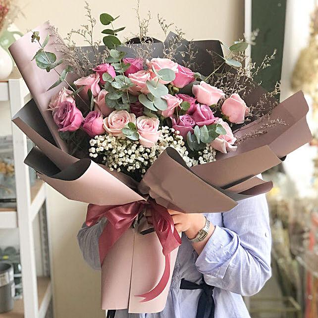 Gracious Love Merry Bouquet