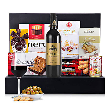 The Ultimate Christmas Hamper:Send Christmas Gifts to Ireland