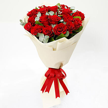 Eternal Red Roses Bunch:Send Anniversary Flowers to Kuwait