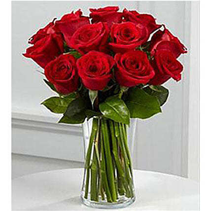 Mesmerizing Roses In Vase:Corporate Gift Delivery in Kuwait
