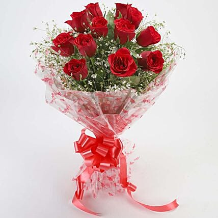 12 Velvety Red Roses Bouquet:Send Flowers to Farah