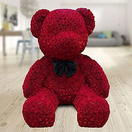 5 feet teddy bear made with red roses