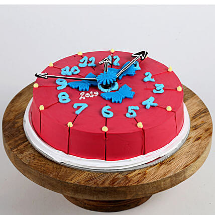 New year clock shape cake