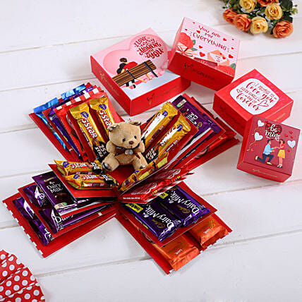 4 Layer Red And White Choco Love Explosion Box