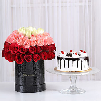 Black forest cake with floral bunches surprise