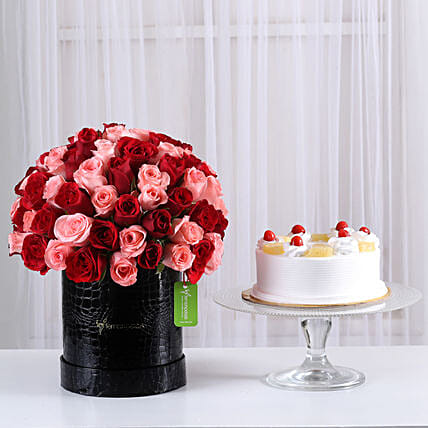 Mix 80 Red & Light Pink Roses Box with cake combo