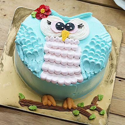 Cute Owl Design Cake
