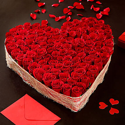 Online Heart Shaped Red Roses Arrangement:Valentines Day Premium Gifts