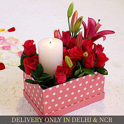 Aqua Pink Roses And Oriental Lily In Beautiful Box:Valentines Day Premium Gifts