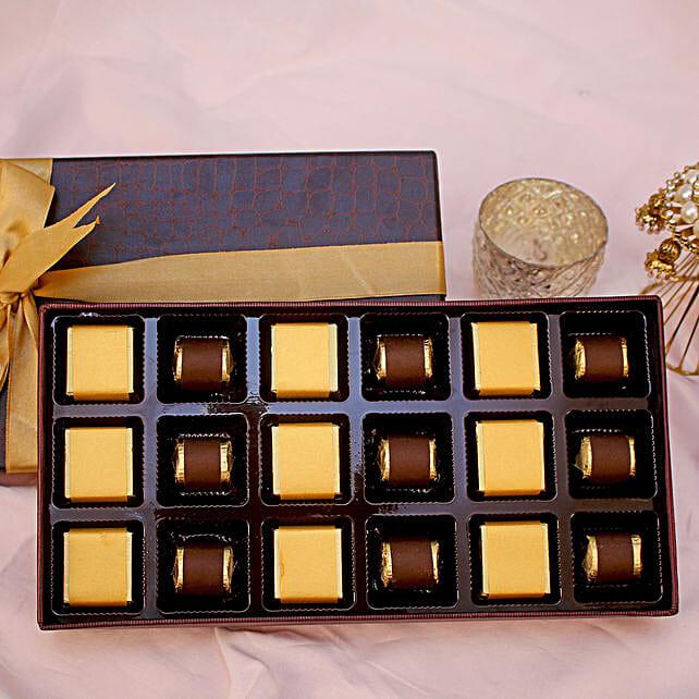 Assorted Festive Chocolate Box- 18 Pcs