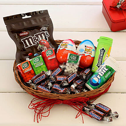 Chocolates & mouth freshners Basket Online:Candies