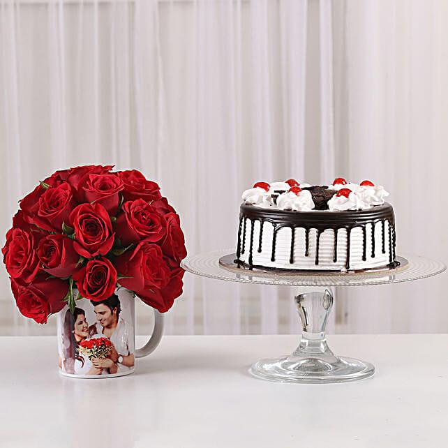 Cute surprise roses with printed mug or cake