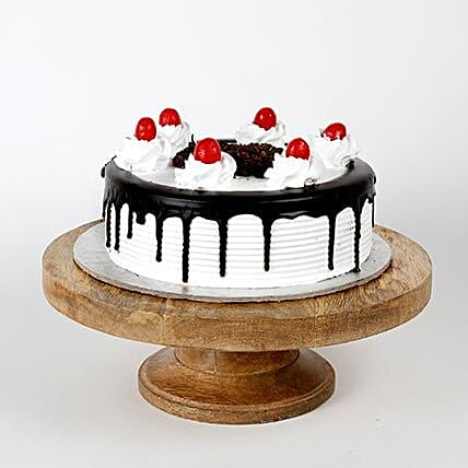 Black Forest Cakes Half kg Eggless:Happy Holi Cake
