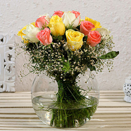 Blissful Mixed Roses Glass Vase Arrangement