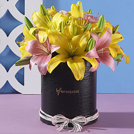 Colourful Flower Arrangement Online:Flowers for Janmashtami