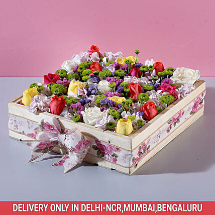 Send Online Box Of Mixed Colour Roses