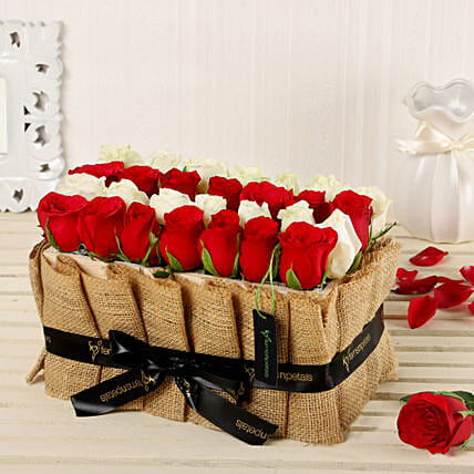 Online Red And White Basket:Premium Roses Delivery
