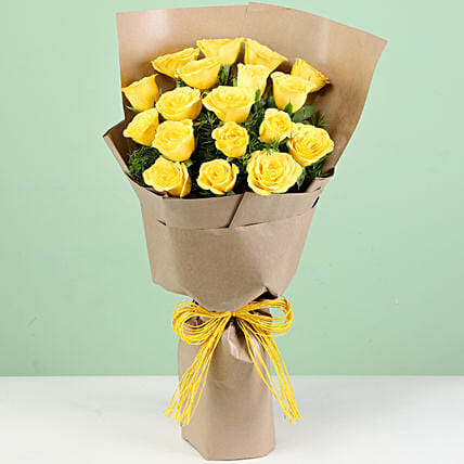 Online 18 Yellow Roses Bouquet