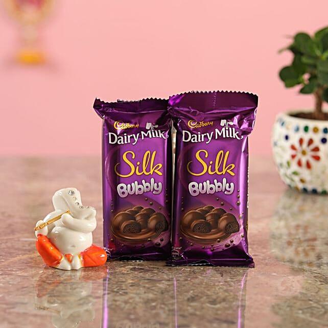 Bubbly Chocolate Lord Ganesha Idol:Send Diyas