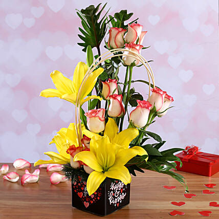 flower in vase arrangement for vday