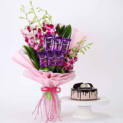 Online Bunch Of Orchids & Chocolate Cake Combo