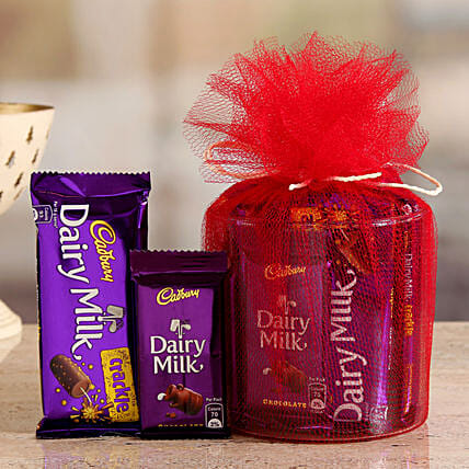 Online Cadbury Crackle And Dairy Milk Gift Hamper:Womens Day Chocolates