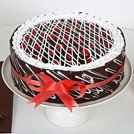 Gift of Enchantment Cakes Half kg Eggless:Designer cakes for anniversary