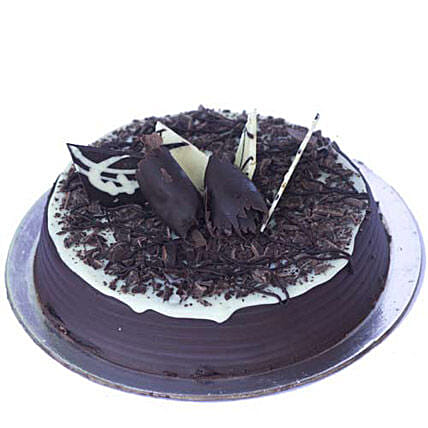 Chocolate Chip Cake Half kg