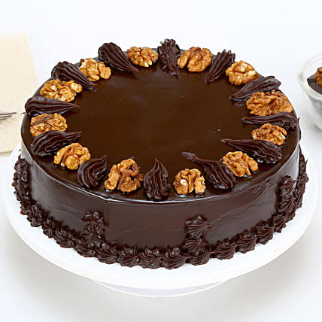 Chocolate Walnut Cake 1kg Eggless