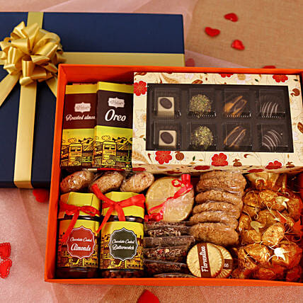 Valentine Gift Hampers Send Valentines Day Gifts Hamper Ferns N Petals