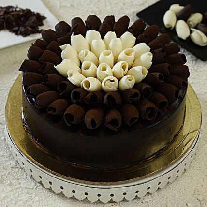 chocolate cake online:Send Chocolate Cakes