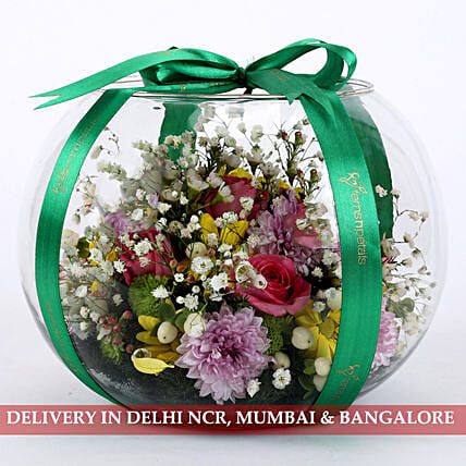 fish bowl flower arrangement:Premium Flowers
