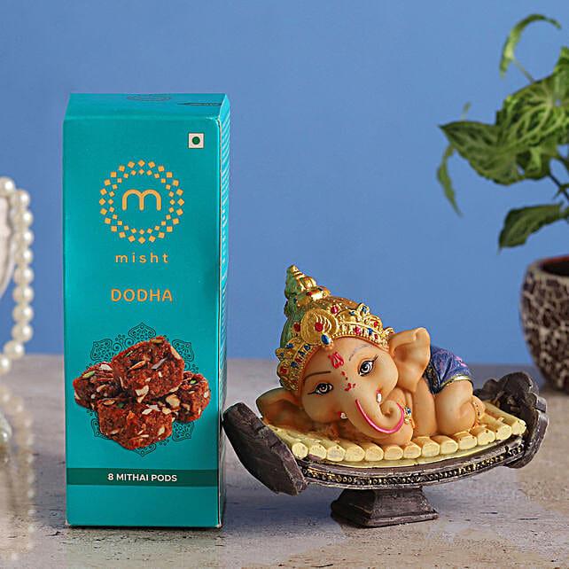 Online Cute Ganesha Idol & Misht Dodha Burfi