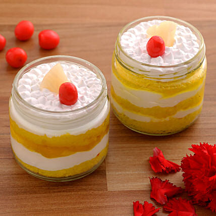 pineapple cake in jar:Jar Cakes