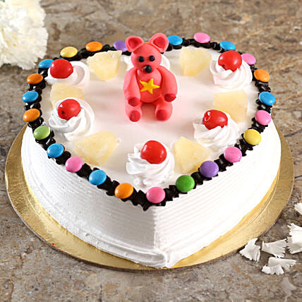 Cute Teddy Fondant Pineapple Cake:Romantic Couple Cake