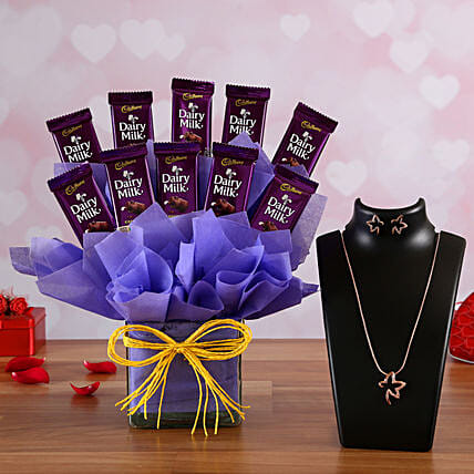 Chocolate Vase Arrangement n Necklace