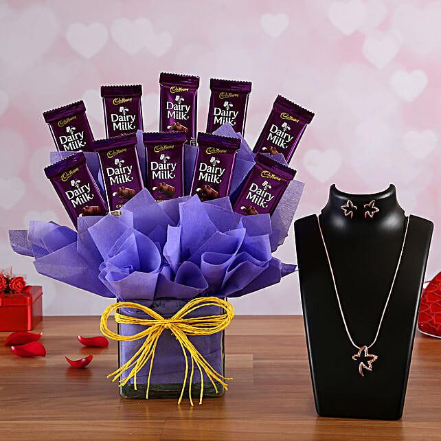 Chocolate Vase Arrangement n Necklace