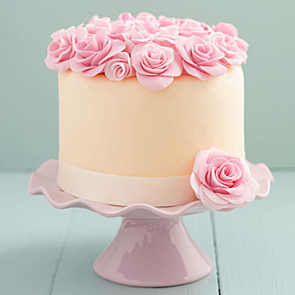 floral topper cake online:Designer and Theme Cakes