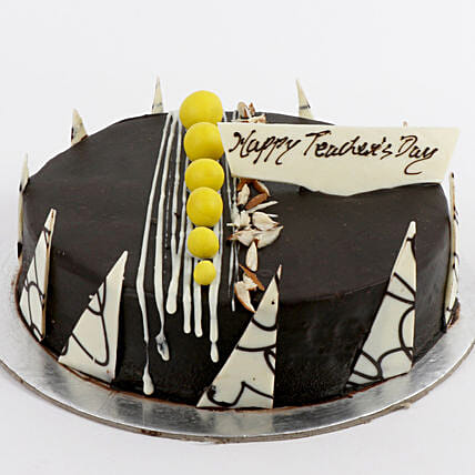 Delicious Halloween Cakes:Teachers Day Cake