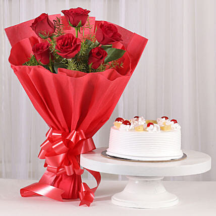 Delightful Divine - Bunch of 6 Red Roses gifts:Flower Bouquet with Cake
