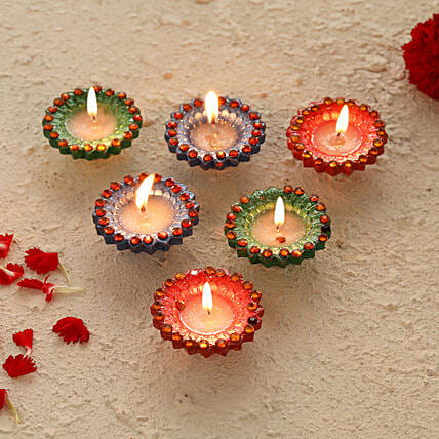 Online Deisgner Diyas Set:Send Diwali Gifts For Girlfriend